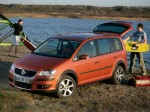 volkswagen-cross-touran-04