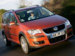 volkswagen-cross-touran-06
