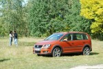 volkswagen-cross-touran-12