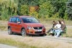 volkswagen-cross-touran-16