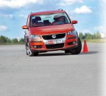 volkswagen-cross-touran-19